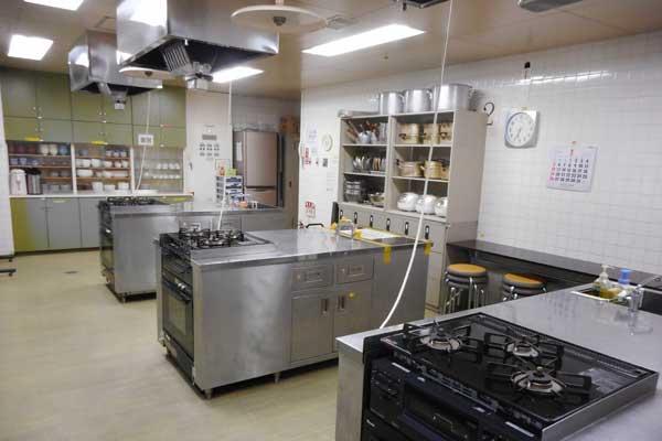 野毛地区センターの料理室